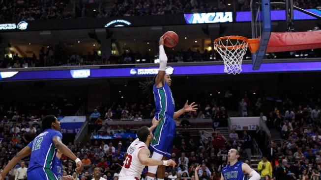 As Tourney Resumes, Florida is Center of Basketball Universe