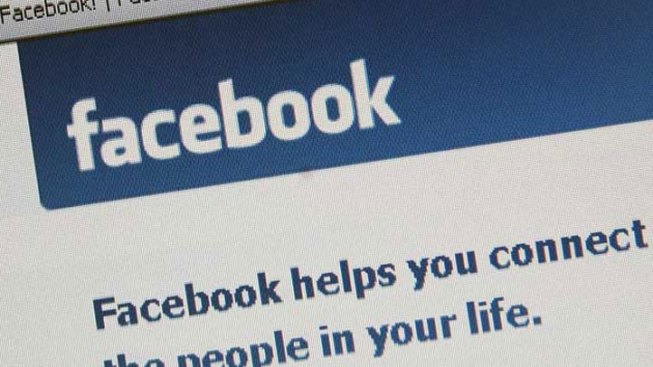 Fight Over Facebook Relationship Status Update Triggers Gunfire