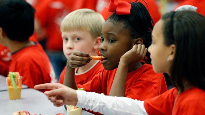 New Rules Aim to Rid Schools of Junk Foods