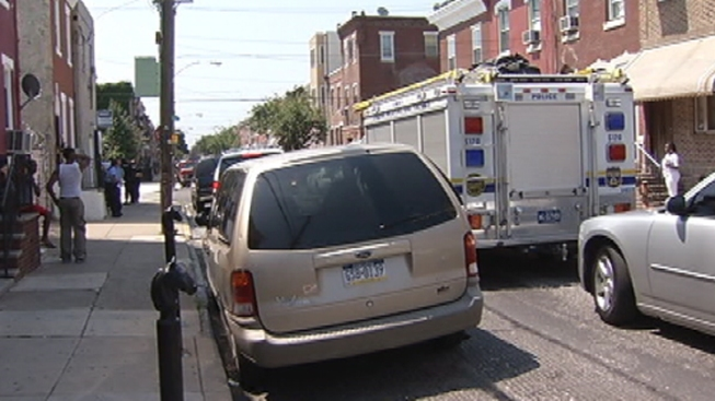 Barricaded Man Surrenders in South Philly