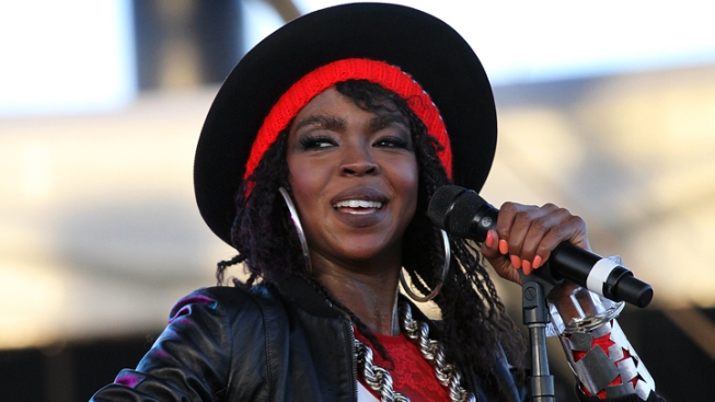 Lauryn Hill Reports to Jail