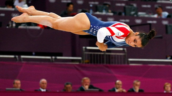 Raisman Wins Gold on Floor, Finishes Olympics with 3 Medals