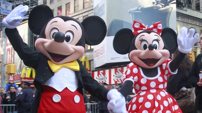 A Mickey Mouse Move