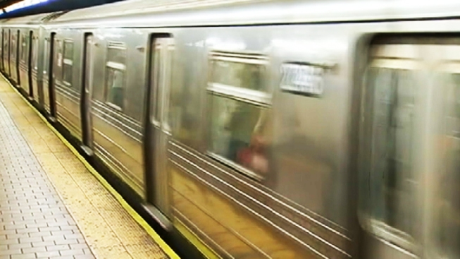 Train Enthusiasts Visit All 468 NYC Subway Stops in Less Than 24 Hours