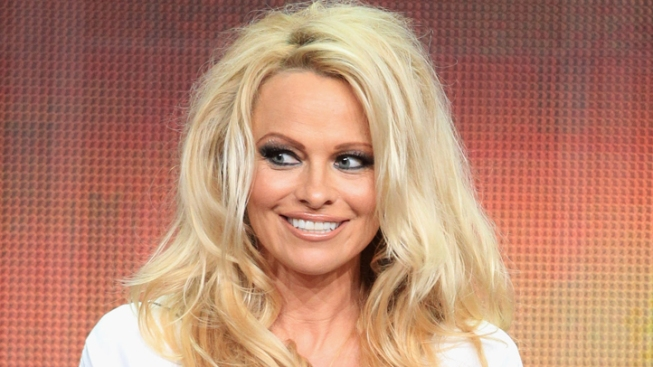 Pamela Anderson Running New York City Marathon to Raise Money for Haiti