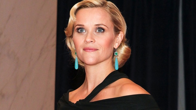 Reese Witherspoon Gives Birth to Boy