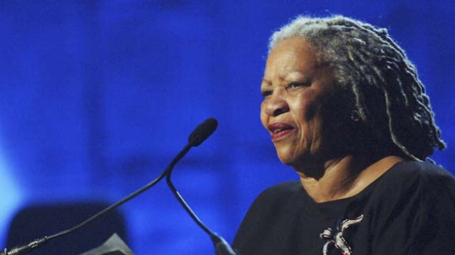 Rutgers Pays Toni Morrison for Commencement Talk