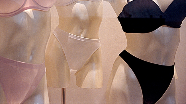 2 Panty Pilferers Pinched: Police