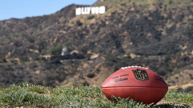 Southern California Feeling Just Like Home for Eagles