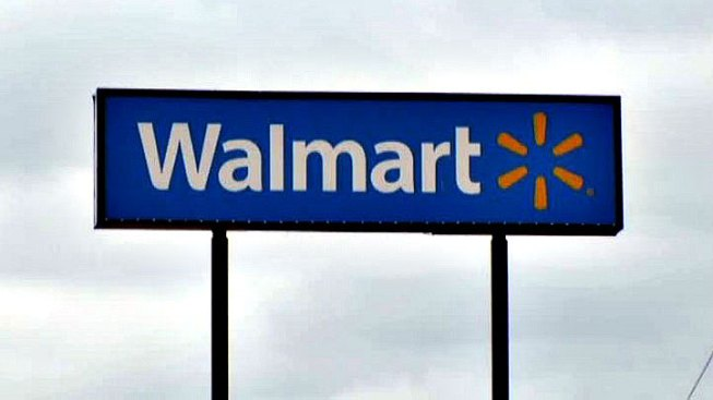 Man in a Rush Accidentally Shoots Himself Outside Walmart