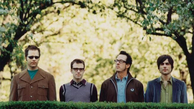 Drugs Suspected in Weezer Bassist's Death