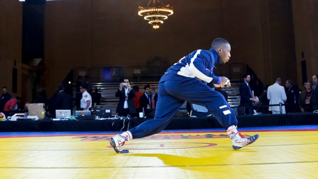 World's Best Wrestlers Grapple at Grand Central Terminal
