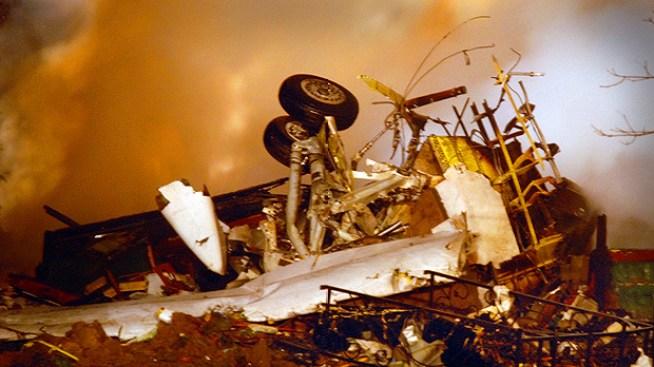 Crash Probe Turns to Pilot's Actions, Ice