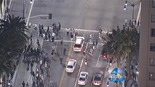 A mob of skateboarders vandalized businesses and cars in Hollywood, then tossed rocks and bottles at police officers who responded to the scene. Michelle Valles reports for the NBC4 Special Edition News at 9:00 p.m. on Sunday, Oct. 14, 2012.