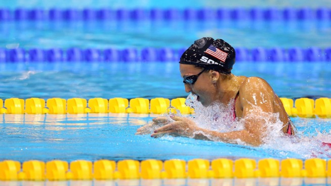 Soni Sets WR in 200m Breaststroke Semifinal