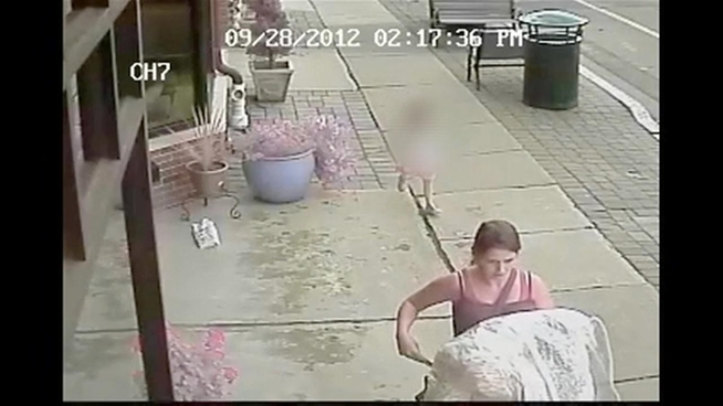 Police are looking for a woman who brazenly swiped an expensive wedding dress from a New Jersey shop, and they say she even had a group of friends and a young child in on the act.  News 4's Ida Siegal reports.