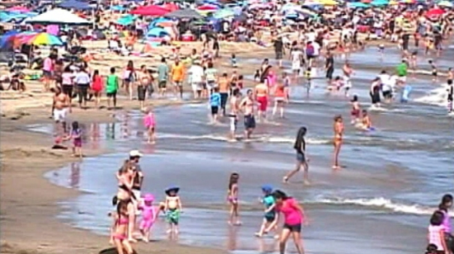 Beachgoers Turned Away After Jersey Shore Beach Reaches Capacity