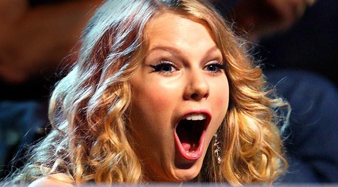 Swift Wins Big at Country Music Television Awards