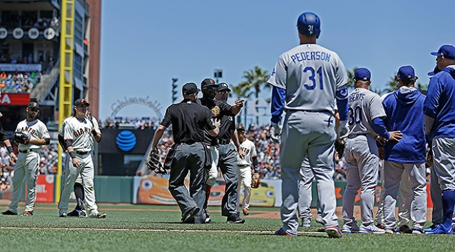 Best of MLB: Benches Clear in Dodgers' Win Over Giants