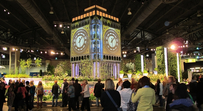 Flower Show Dazzles with British Flair