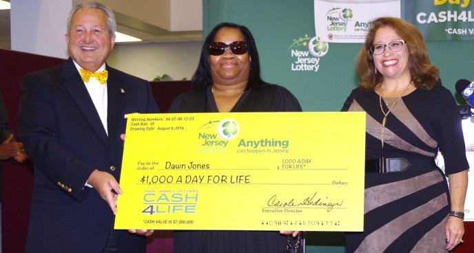 NJ Nurse Wins Lottery, Calls for Help: 'I May Be Having A Heart Attack'