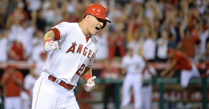 Best of MLB: Mike Trout (thumb) Leaves Early as Marlins Crush Angels