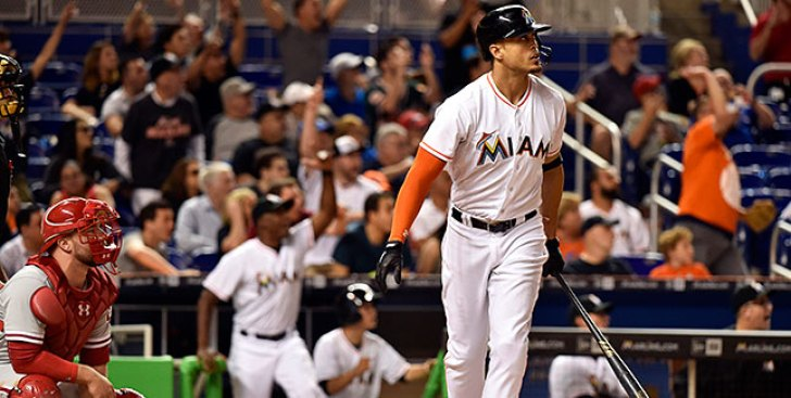 MLB Notes: Giants Say They Have Potential Deal in Place for Giancarlo Stanton