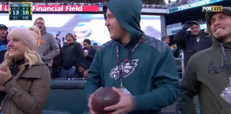 a391b0505c7 Carson Wentz Gave Football to Mike Trout After Throwing a TD - NBC ...
