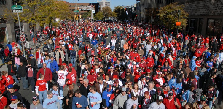 Little Kid Fires Up Phils Parade Crowd