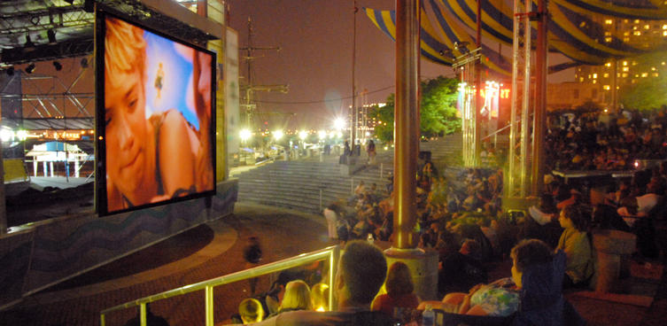 Penn's Landing Hosts FREE Screenings Under the Stars