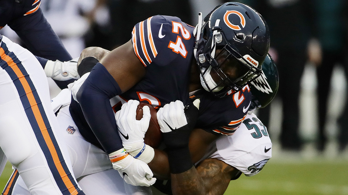 Eagles Acquire Running Back Jordan Howard From Bears